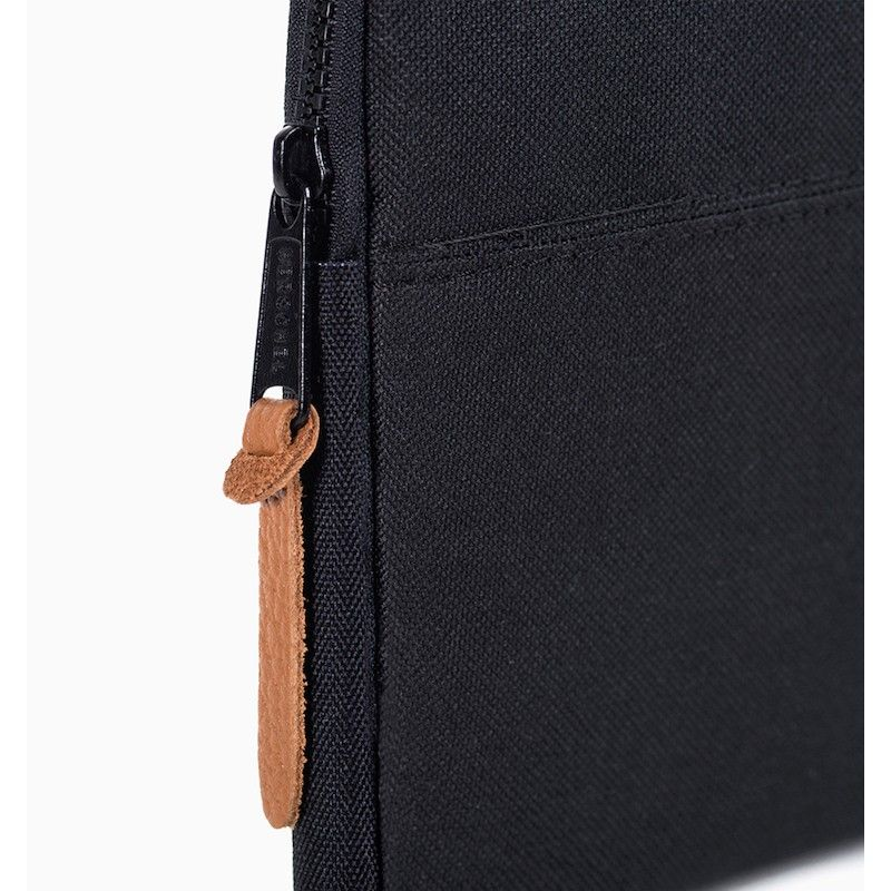 Sleeve Herschel Anchor MacBook 13 USB-C - Preto