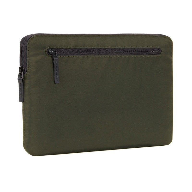 "Sleeve Incase Compact Nylon para MacBook Pro 15"" - Verde Oliva"