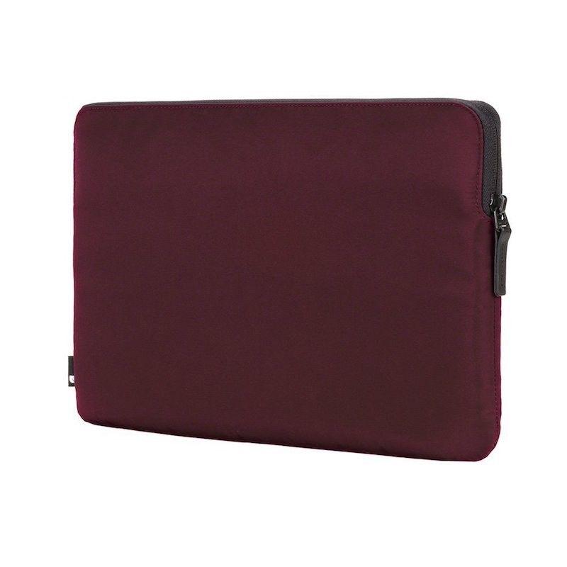 "Sleeve Incase Compact Nylon para MacBook Pro 15"" - Amora"