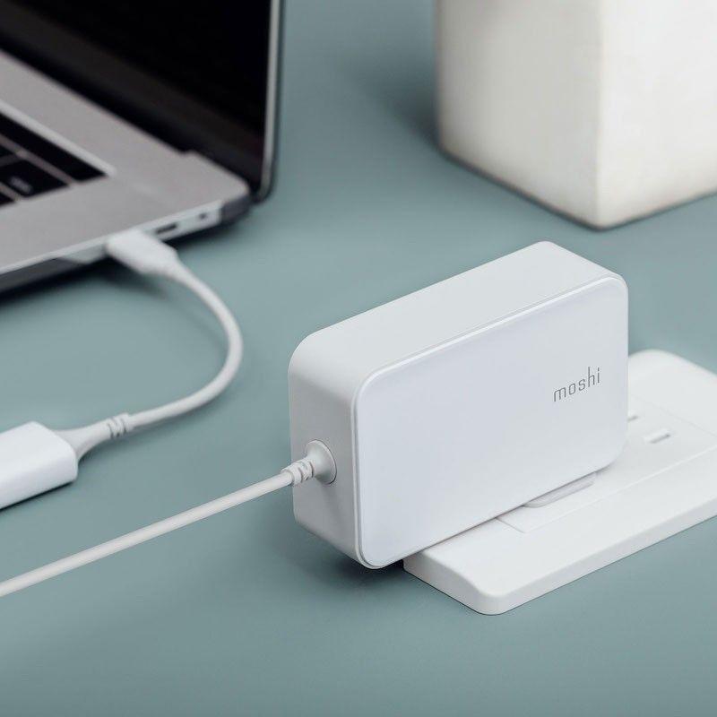 Carregador MacBook com ligação USB-C - 65W