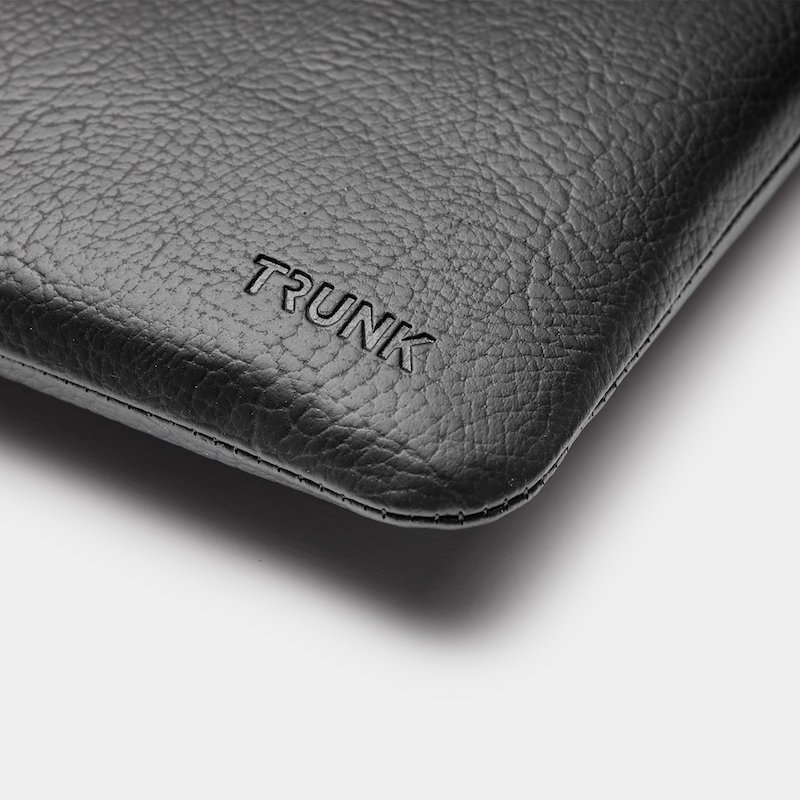 Sleeve Trunk MacBook Pro e Air 13 Apple Peel Vegan Leather Black